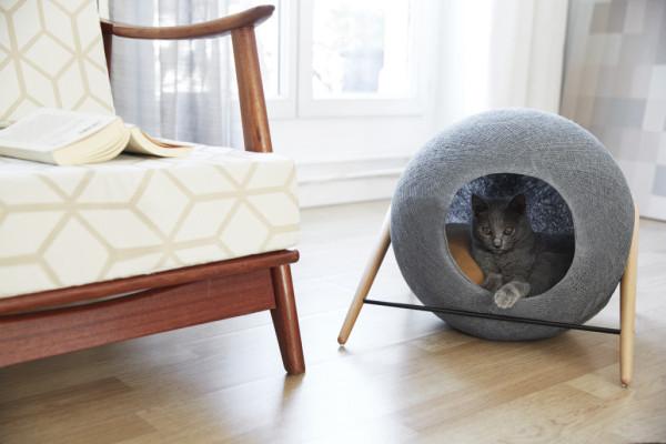 Meyou: елегантни мебели за елегантни котки