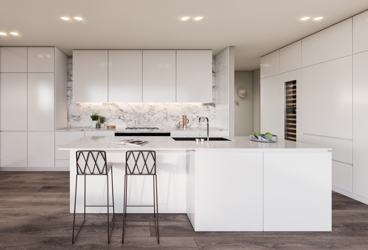 Съвременни бели кухни с невероятна прецизност